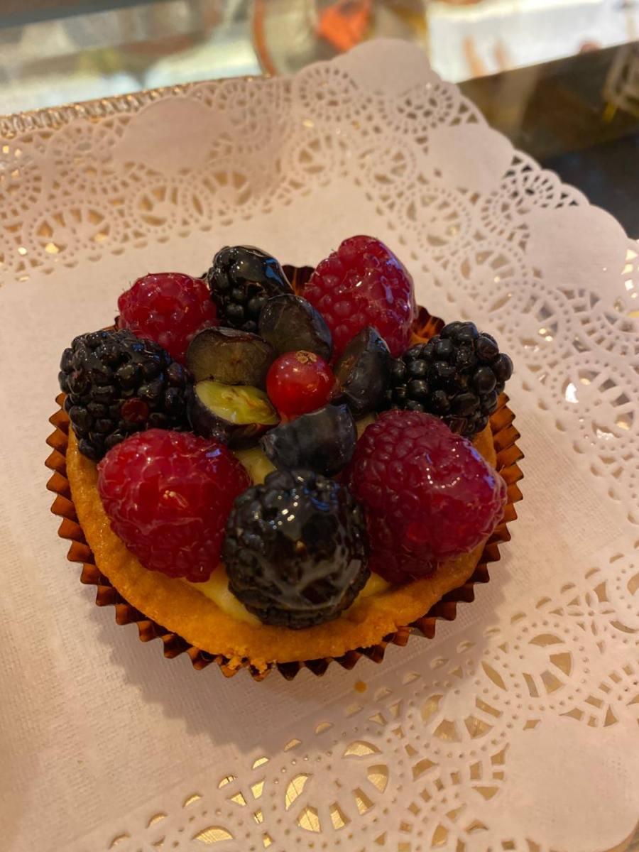 Cestini di Frutta Fresca e di Stagione dell'Antico Caffè Greco